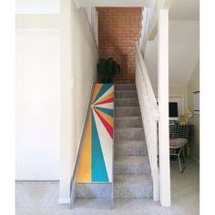 And the rad parent award goes to • Matt & Paulie • Home made stair slide! Diy Slides, Indoor Slides, Kids Indoor Playhouse, Build A Playhouse, Basement Stairs, House Stairs, Basement Ideas, Stair Slide, Kids Slide