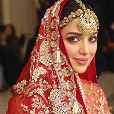 Fashion Show, Fashion Outfits, Hair Shows, Couture Week, Celebrity Outfits, Indian Bridal, Hair Jewelry, Designer Wear, Party Wear