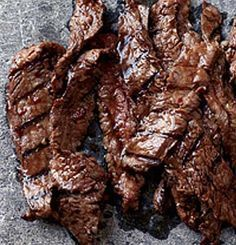 Asian Recipes Recipe for Korean Sizzling Beef - This succulent recipe is based on bulgogi, a classic Korean dish of sliced beef that's marinated in soy sauce, sugar, sesame oil and garlic, then grilled. Meat Recipes, Asian Recipes, Cooking Recipes, Sirloin Recipes, Kabob Recipes, Fondue Recipes, Recipies, Sliced Beef Recipes, Korean Beef Recipes