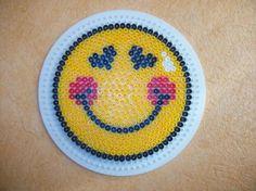 Smiley hama perler by Cute Crafts, Bead Crafts, Crafts To Make, Arts And Crafts, Motifs Perler, Perler Patterns, Smileys, Emoji Patterns, Pearl Beads Pattern