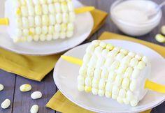 Corn on the Cob Cake: is that... buttered popcorn jelly beans? Cause I love those!