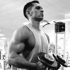 Πολλές ή λίγες επαναλήψεις; Τι είναι καλύτερο για χάσιμο βάρους ή χτίσιμο μυών;