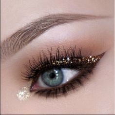 Love this look from @NikkiTutorials  Check out her tutorial....click now for details #Makeup #NewYears look