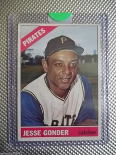 1966 Topps #528 - Jesse Gonder - SP(high#) - Pittsburgh Pirates (auc1)