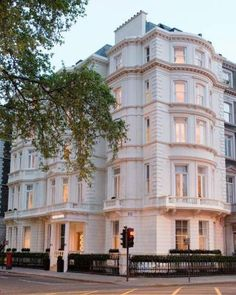 Ashburn Hotel And Aparts London Uk Booking Apartment