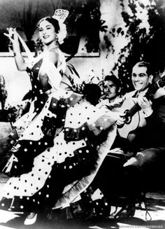 Lola Flores y Manolo Caracol actúan en el Principal | Valencia 1950
