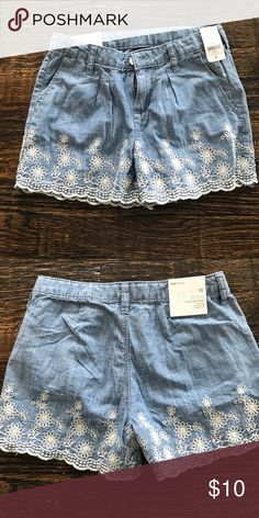 New gap kids size 10 shorts Brand new, never worn kids size 10. GAP Bottoms Shorts