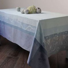 Garnier-Thiebaut-EGLANTINE-ETHER-100-Cotton-Jacquard-Tablecloth-France-NWT