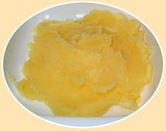 Quick, Easy, Convenient Recipe for ghee or clarified butter, made in the microwave. Used in making roti and several recipes Making Ghee, Clarified Butter, Convenience Food, Mashed Potatoes, Microwave, Easy Meals, Ethnic Recipes, How To Make, Whipped Potatoes