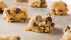 Clean Eating Cookie Dough {chickpeas, natural peanut butter, agave, vanilla, chocolate chips}  to curb those sweettooth cravings!