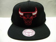 Mitchell and Ness NBA Chicago Bulls Big Logo Black Retro Snapback Cap