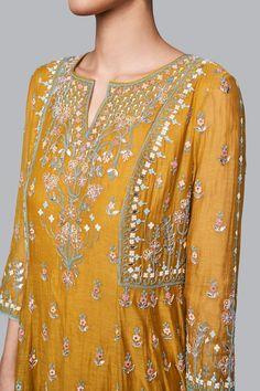 Designer Suits - Buy Saesha Suit for Women Online - - Anita Dongre Pakistani Fashion Party Wear, Pakistani Bridal Dresses, Pakistani Dress Design, Indian Fashion, Bridal Dupatta, Fashion Fall, Boy Fashion, Kurta Designs Women, Blouse Designs