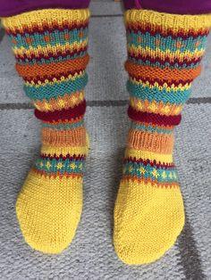 Påskesokker. Socks, Fashion, Moda, Fashion Styles, Sock, Stockings, Fashion Illustrations, Ankle Socks, Hosiery