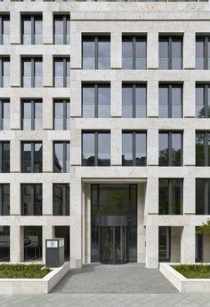 Beton wird Naturstein - Umbau von Max Dudler in Frankfurt am Main