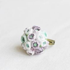 Ring with a miniature bouquet white, puple and mint ranunculus - green, lilac, lavender, bridesmaid gift Wedding Bells, Wedding Events, Our Wedding, Dream Wedding, Wedding Ideas, Bridesmaid Gifts, Lavender Bridesmaid, Bridesmaids, Diana Wedding