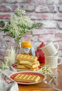 Gofres de avena con mermelada. Receta sin azúcar. Sugarfree oatmeal waffles.