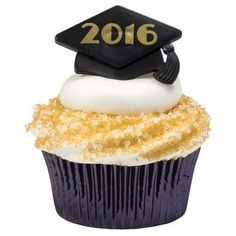 Graduation is quickly approaching! As I am finishing out my senior year of high school, I am counting down the days till summer and planning my graduation party. When I was thinking about what kind of. Graduation Cupcake Toppers, Graduation Cookies, Princess Cupcakes, 12 Cupcakes, Graduation Party Planning, Graduation Ideas, Cupcake Party Favors, Ring Cake, Cake Supplies