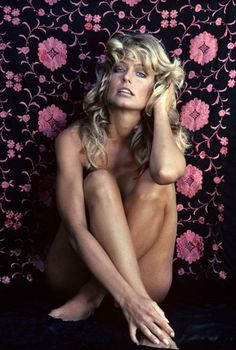 Farrah Fawcett was an actress known for Logan's Run, Cannonball Run, Saturn Burning Bed and as Jill Munroe in the first season of Charlie's Angels serie Corpus Christi, Santa Monica, Photo Star, Picture Photo, Red Swimsuit, Star Wars, Farrah Fawcett, Janis Joplin, Glamour
