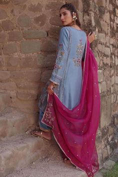 Silk kurta with resham, cutdana and crystal work paired with a silk izaar with gota border. Embroidery Suits Punjabi, Embroidery Suits Design, Embroidery Dress, Beaded Embroidery, Hand Embroidery, Embroidery Designs, Pakistani Dress Design, Pakistani Dresses, Dress Indian Style