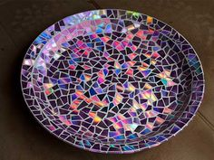 Why Not Recycle Your Old CDs Into These 7 Gorgeous Crafts?  Read more: http://www.rd.com/slideshows/recycle-cds-into-crafts/#ixzz3QhwHritb