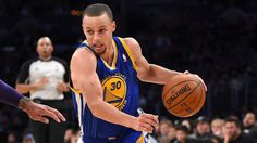 Download Free Stephen Curry Dribble Basketball Wallpaper