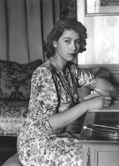 Queen Elizabeth. So beautiful.  I love this picture in her youth. Ahhh, we were all young once.