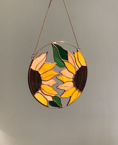 Stained Glass Flowers, Stained Glass Art, Stained Glass Windows, Mosaic Glass, Stained Glass Window Hangings, Making Stained Glass, Fused Glass, Stained Glass Suncatchers, Stained Glass Designs