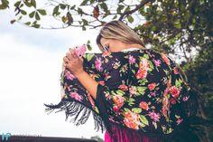 Hellooo gente, hoje no blog tem look da @tamabellatextil para se inspirar ja, e iniciar a semana toda girly, vem conferir tudo no blog www.carol-schultz.com.br  #me #fashion #blogueira #blogger #blog #nofilter #inspiration #instafashion #instagood #lookdodia #lookoftheday #lojaonline #tagsforlike #tamabellalovers #dodia #style #girl #girly #ootd #pink #kimono #trend #tendencia #summer #verao #spring #primavera #shotting #love #job