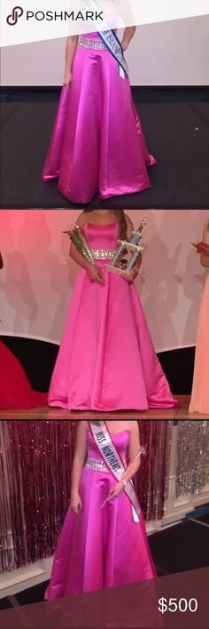 Pink ball gown only alteration was having the skirt tacked up but can be let back out | great condition | strapless | ASHLEY LAUREN BRAND | she's a talented designer | this is a 2 but I wear a 4 in Sherri | Sherri Hill Dresses Prom