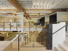 Interior design firm Design Blitz has recently designed a new headquarters for Zendesk in San Francisco, California. Zendesk wanted the space to feel Interior Stairs, Office Interior Design, Office Interiors, Ash Flooring, Flooring Options, Office Open Plan, Workplace Design, Floor Finishes, Wide Plank