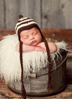 """Dexter"" Chevron Hat for Newborns"