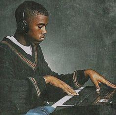 En attendant son nouvel album Swich, Kanye West nous offre un titre gratuit tous les vendredis. Il y a 5 ans, pour la sortie «My Beautiful Dark Twisted Fantasy«, Kanye West sortait un nouveau titre gratuit tous les vendredis pendant 3 mois. Au final 3 d'entres eux se retrouvèrent sur l'album final dans une version …