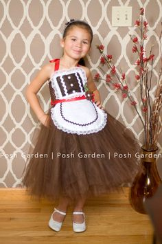Items similar to Gingerbread tutu dress. Brown tulle brown crochet top with gingerbread bodice and felt apron (can be sold separately) on Etsy Tutu Costumes Kids, Little Girl Costumes, Cute Costumes, Kids Christmas Outfits, Christmas Tutu, Kids Outfits, Xmas, Christmas Gingerbread, Tulle Dress