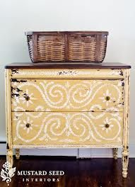 MMS Milk Paint Mustard Seed Yellow hand painted dresser by Miss Mustard Seed. This is beautiful! Distressed Furniture, Hand Painted Furniture, Refurbished Furniture, Paint Furniture, Repurposed Furniture, Furniture Projects, Furniture Makeover, Home Projects, Dresser Makeovers