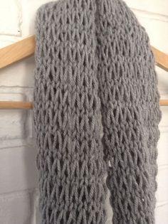 Devise. Create. Concoct. | DIY Loose-Knit Infinity Scarf