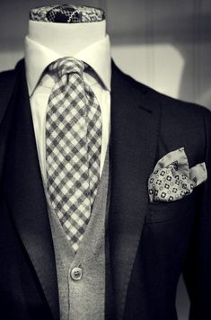 Formal Suit and Tie Der Gentleman, Gentleman Style, Sharp Dressed Man, Well Dressed Men, Mens Attire, Mens Suits, Mens Tux, Moda Do Momento, Girl Fashion