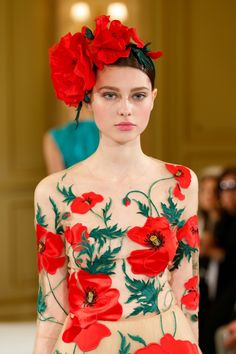 tanjazy:  Yanina haute couture spring/summer 2014 runway details.