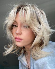 Cut My Hair, New Hair, Hair Cuts, Shot Hair Styles, Curly Hair Styles, Hair Inspo, Hair Inspiration, Short Grunge Hair, Short Hair