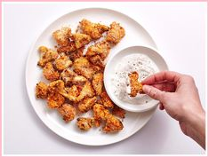 Whether you're having vegetarian friends over to watch the game or you just enjoy recipe mash-ups starring your favorite flavors, these spicy air-fried cauliflower bites check all the boxes. Buffalo Cauliflower Bites, Cauliflower Recipes, Roasted Cauliflower, Buffalo Wings, Feta, Regular Pizza, Quick And Easy Appetizers, Healthy Appetizers, Cooking Recipes