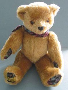 OLIVER HOLMES MERRYTHOUGHT TEDDY BEAR. LTD EDITION NO. 277/500. ENGLAND