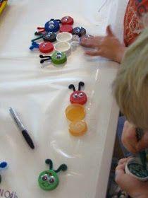 A Arte de Ensinar e Aprender: Reutilizando tampinhas!!!