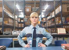 """@RWitherspoon:Psssttt @SofiaVergara...whatcha gonna do...whatcha gonna do when I come for you?#HotPursuit ""U r tiny"