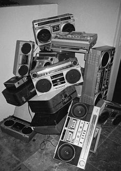 How sad. A boombox graveyard. I get the same feeling when I go to recycle my ele. How sad. A boomb Mode Old School, Jamel Shabazz, Estilo Hip Hop, Mode Hip Hop, Black And White Aesthetic, Photo Portrait, Hip Hop Art, Retro Aesthetic, Boombox