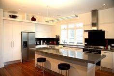 Modern simple style kitchen