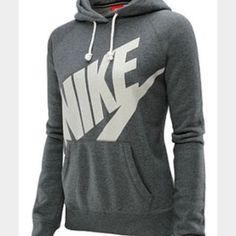 ISO!! Nike pullover hoodie NOT SELLING!! LOOKING FOR! Nike Sweaters
