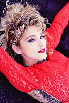 Beautiful Pictures of Madonna Taken by Herb Ritts From Photo Shoots in the ~ vintage everyday Madonna Fashion, 1980s Madonna, Madonna Mode, Lady Madonna, Divas Pop, Madona, Madonna Pictures, La Madone, Herb Ritts