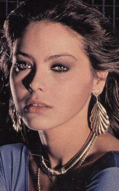Ornella Muti Ornella Muti, Worlds Beautiful Women, Most Beautiful, Timeless Beauty, Classic Beauty, Italian Actress, Italian Beauty, Cindy Crawford, Beautiful Actresses