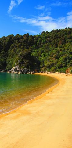 Te Pukatea Beach - Abel Tasman National Park, South Island, New Zealand