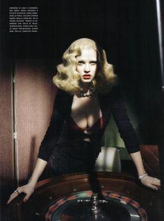Style Noir • Vogue Italia Nov 2009 • Lara Stone • Paolo Roversi