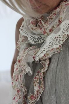 ♥  maybe make with some of my old hankies and some lace....